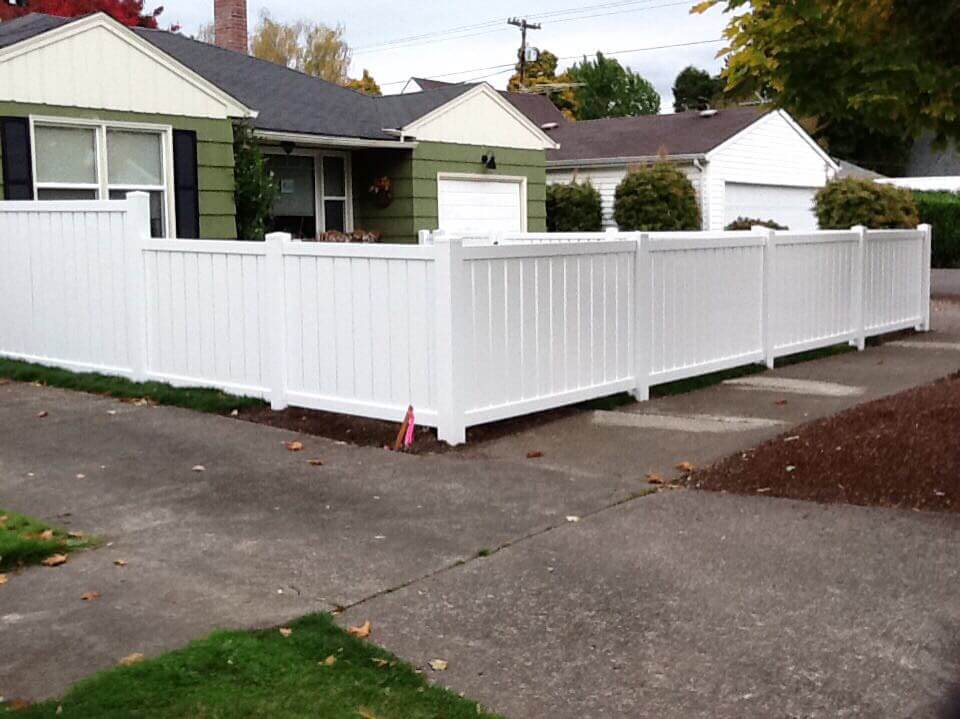 A vinyl fence installation by F&W Dallas fence company