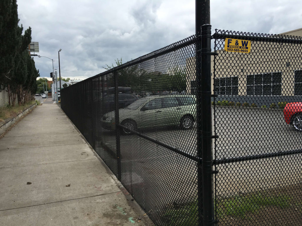 A Salem chainlink fence installation by F&W fence company